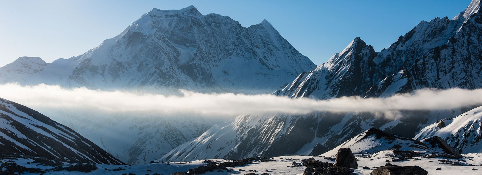 trekking-in-nepal-himalaya.jpg