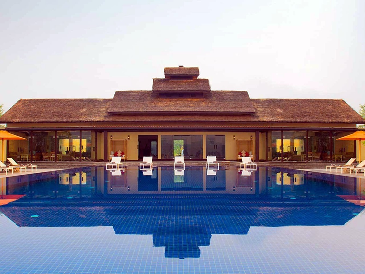 Meghauli Serai – A Taj Safari Lodge