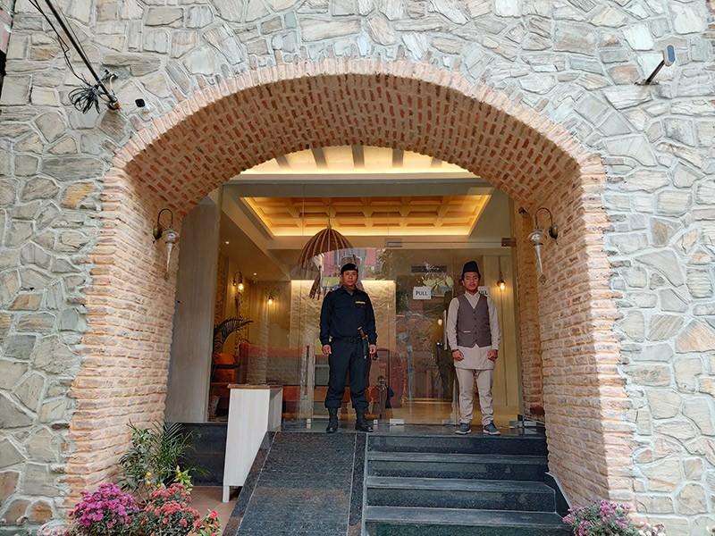 1582608584arushi-boutique-hotel-entrance