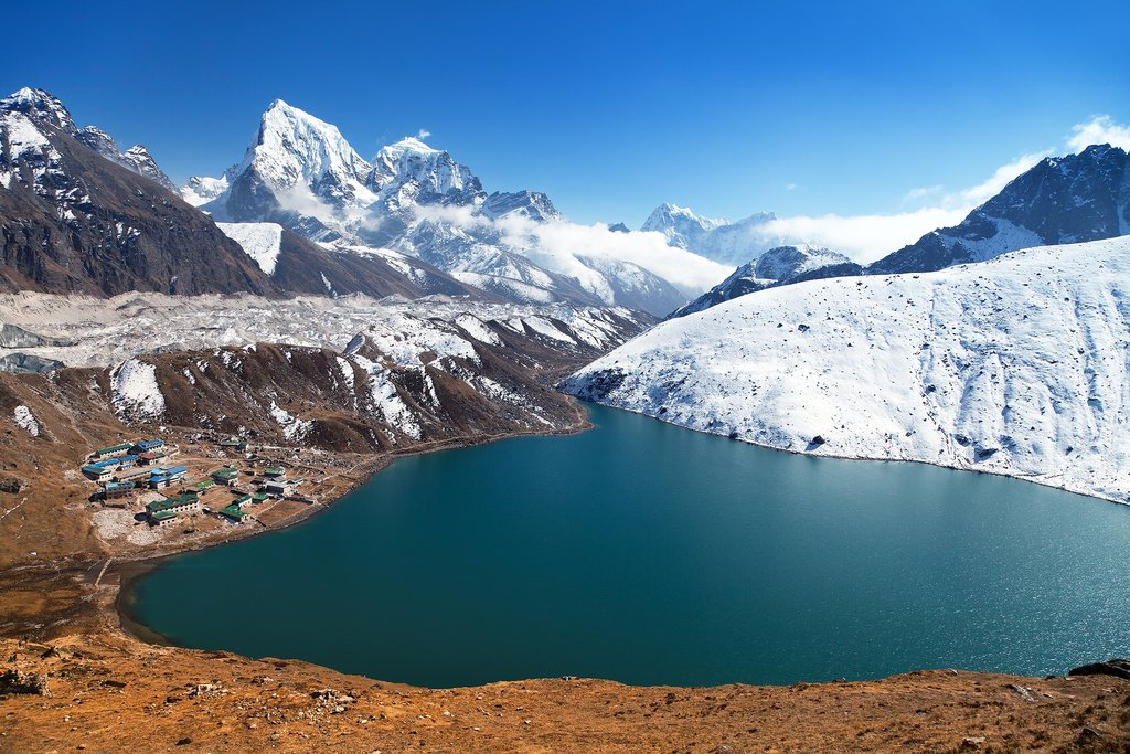 Gokyo Lake + EBC trekking - 22 Days